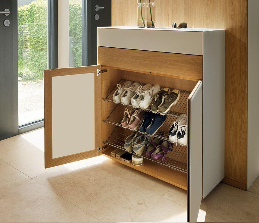 Tủ giày kệ nghiêng nội thất thông minh cho nhà nhỏ