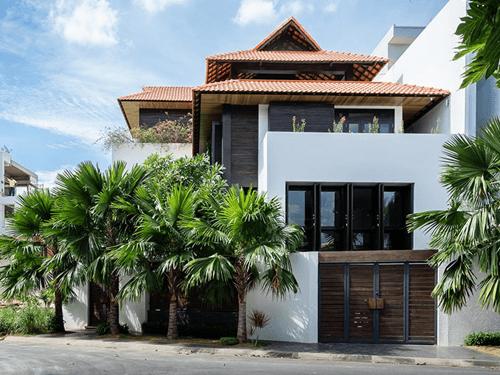 Biệt thự mặt tiền 14m đẹp đậm chất kiến trúc Á Đông