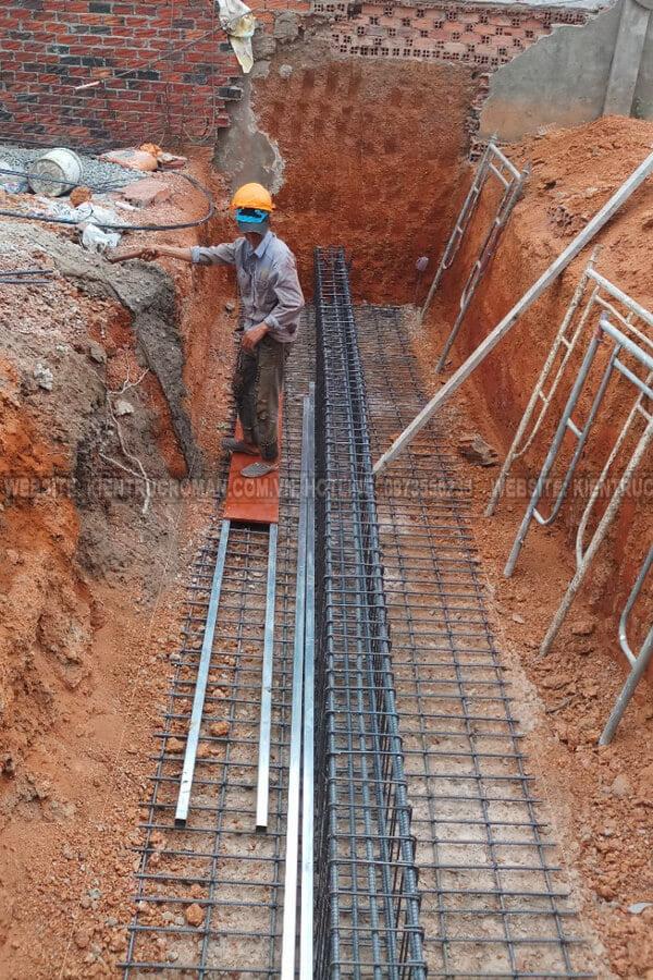 đào móng biệt thự phố mặt tiền 10m đổ sắt