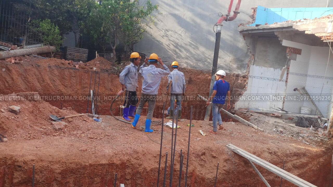 đào móng biệt thự phố mặt tiền 10m đổ giằng móng