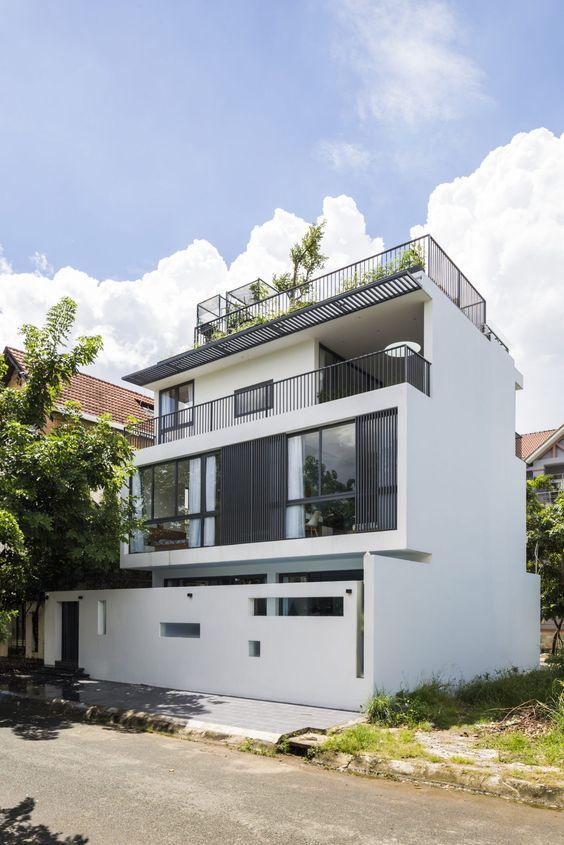 mẫu biệt thự hiện đại 3 tầng mái bằng 7