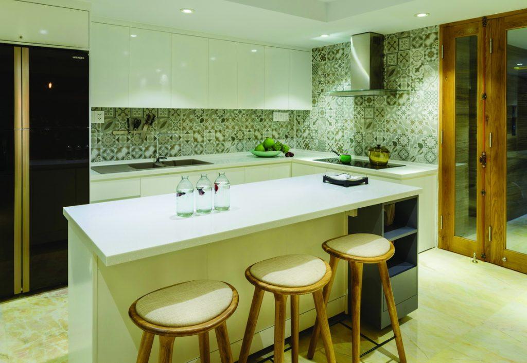phòng bếp mẫu nhà phố 5x20m hiện đại