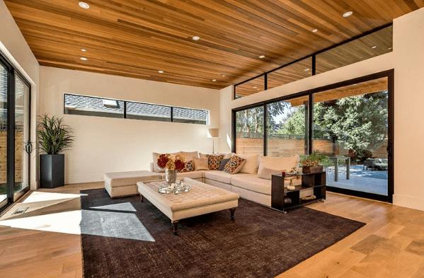 mẫu trần gỗ phòng khách 22