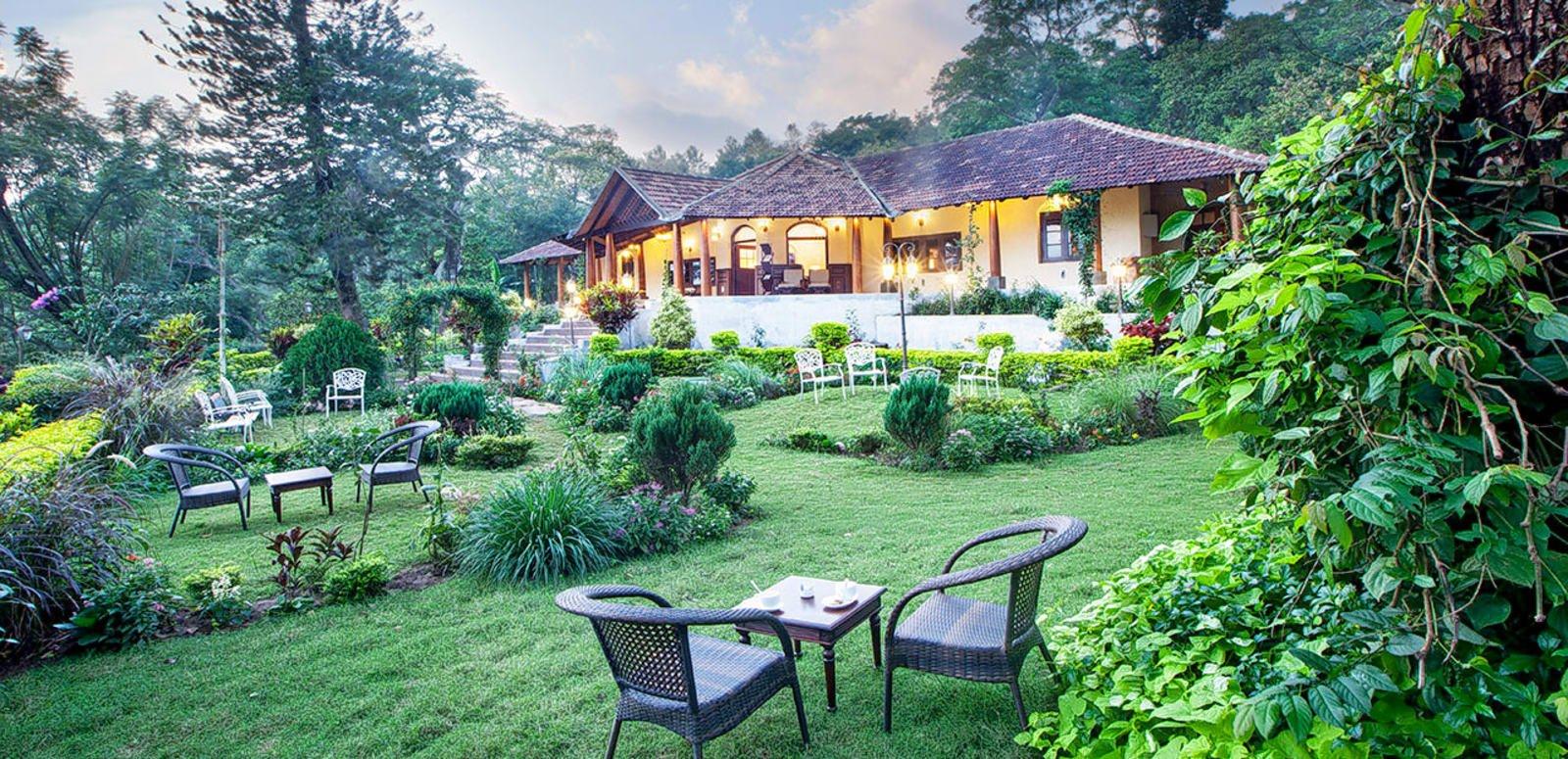 thiết kế quán cafe sân vườn đẹp 17