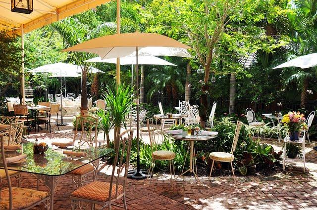 thiết kế quán cafe sân vườn đẹp 4