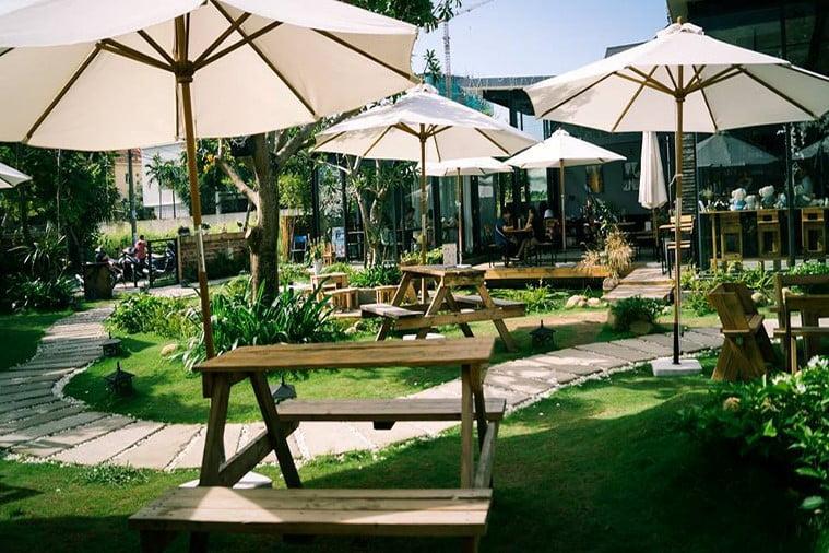 thiết kế quán cafe sân vườn đẹp 6