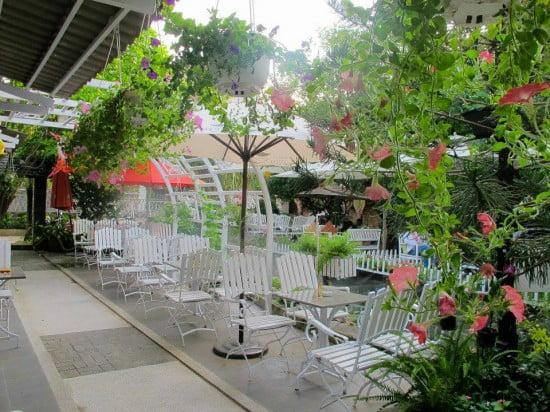 thiết kế quán cafe sân vườn diện tích nhỏ 6