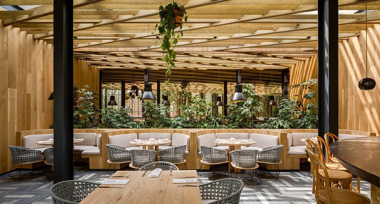thiết kế thi công nội thất nhà hàng 3